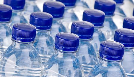 acqua in bottiglia o acqua rubinetto